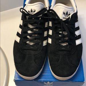 Women's Adidas black with white line GAZELLE